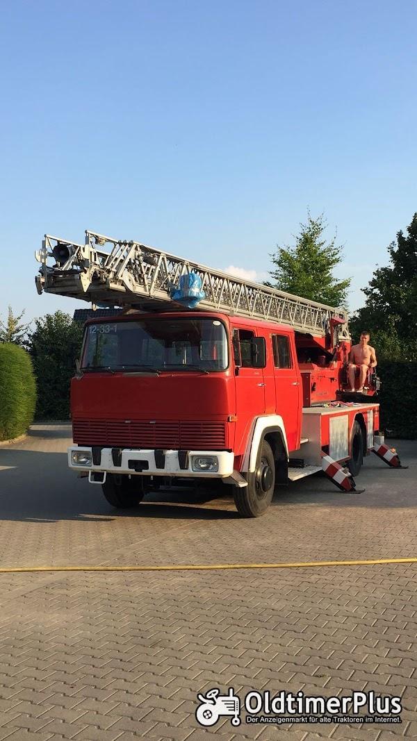 Magirus Deutz 170 D 12 Feuerwehr Drehleiter Foto 1