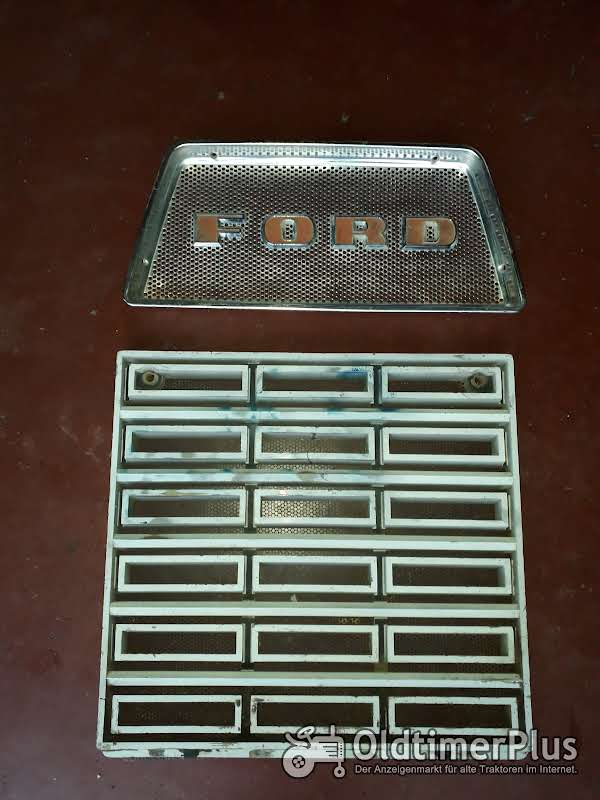 Ford 9600, 9000, County 1454 grill set Foto 1