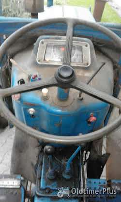 Ford 4000 mit Frontlader Foto 8