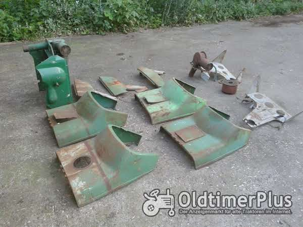 Deutz Div , Blechteile   Tankverkleidung   Seitenbleche Foto 1