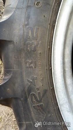 Hanomag R322 Granit Taurus Vorder-Reifen für  auf Felge Foto 4
