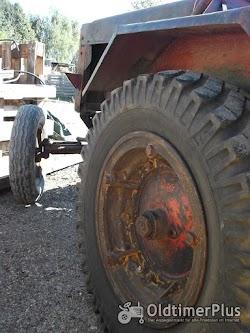 Stock Dieselschlepper mit Deutz F2M313 Motor Foto 4