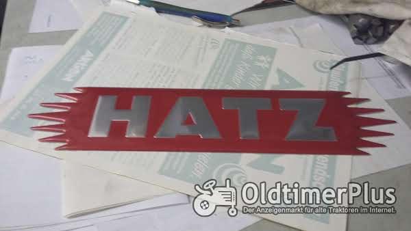 HATZ TRAKTOR SCHILD Foto 1