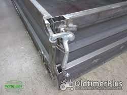 Unimog U424 U427 Pritsche mit geschlossenem Boden mit Kotflügel vorne schmal und hinten eckig Foto 4