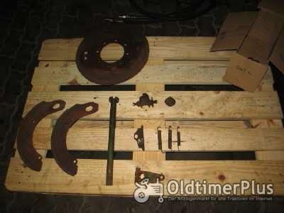 Deutz D5005 Hinterradbremse rechts Foto 1
