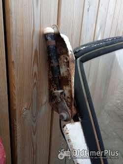 Eine Scheibe mit Rahmen Sowie Zwei Türen Ist für ein Fritzmeierverdeck Foto 6
