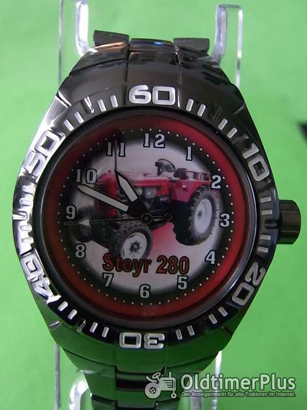 Steyr 280 Metall-Armbanduhr Foto 1