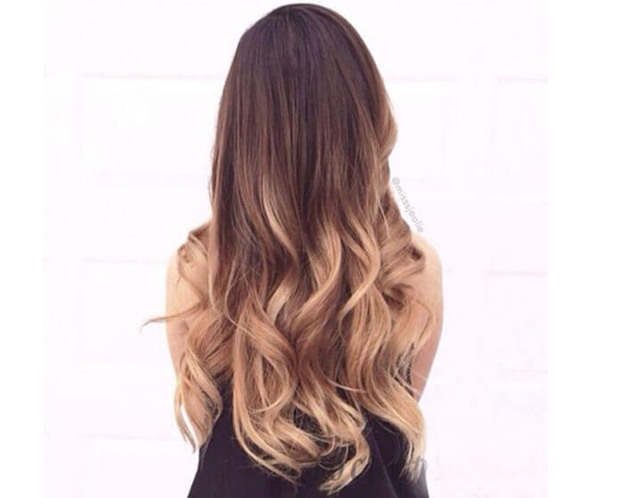 Tóc uốn đuôi nhuộm màu kiểu ombre