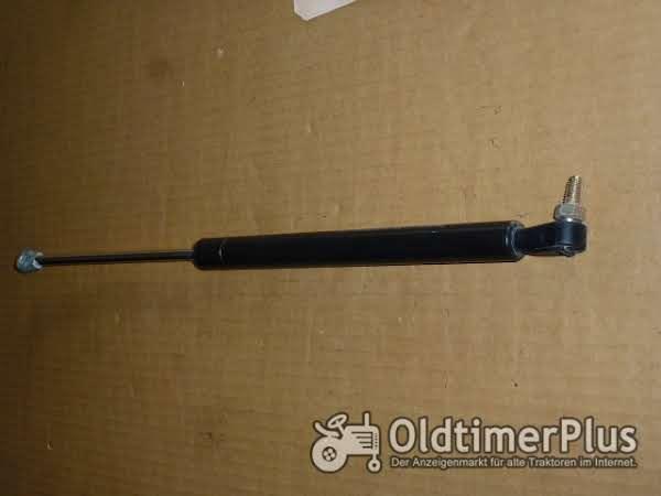 Deutz Stoßdämpfer f. Kabine Rayflex 450mm Foto 1