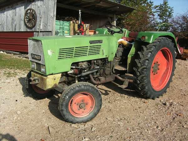 Fendt Farmer 2S Turbomatik Foto 1