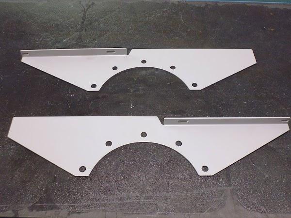 Hanomag R Serie Kotflügelverstärkungsblech Foto 1