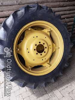 John Deere Komplett Räder Felgen und Reifen Foto 4