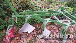 Bodenbearbeitung Dreischar Pflug