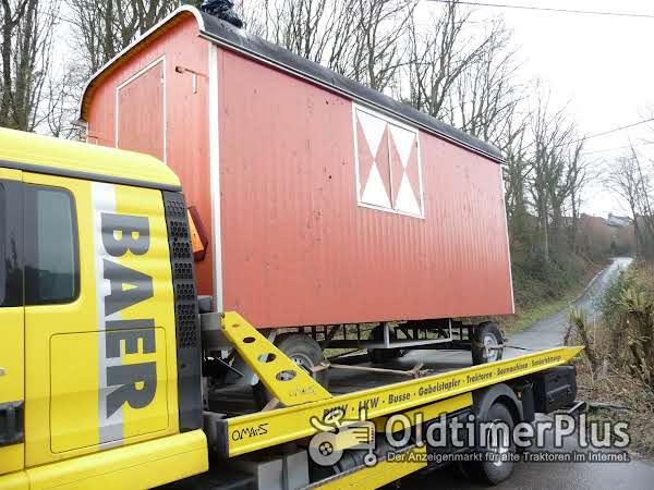 Bauwagentransporte Bauwagenüberführungen Wohnwagentransporte Zirkuswagen Schaustellerwagen Packwagen Foto 1