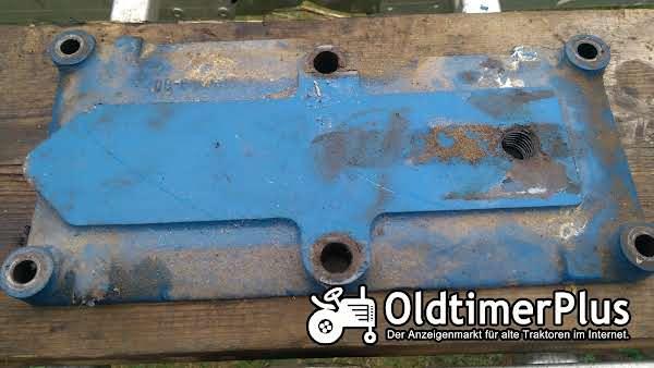 Hanomag R435, R324 Hydraulik Gehäusedeckel Foto 1