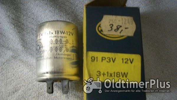Hella 91 P3V 12V 3+1x18W BLINKGEBER NEU Foto 1