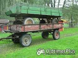 diverse Traktoranhänger