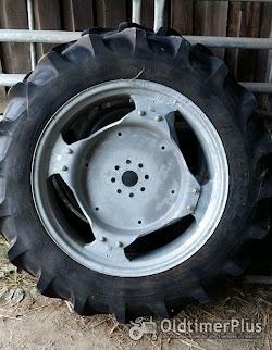 Hanomag R322 Granit Taurus Vorder-Reifen für  auf Felge Foto 6