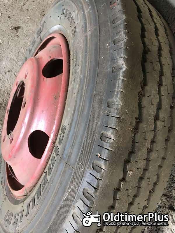 Pirelli Tiefladerreifen 8,5 R 17,5 mit Felge Foto 1