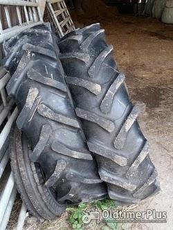 Hanomag R322 Granit Taurus Vorder-Reifen für  auf Felge Foto 2