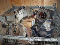 Deutz-Fahr Getriebeteile viele verschiedene Einzelteile Foto 2