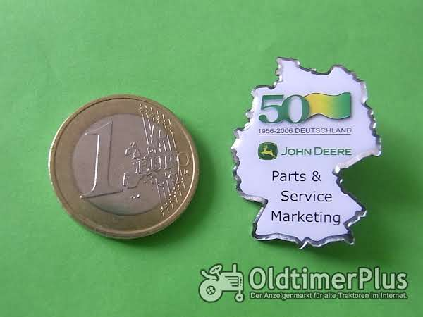 John Deere 50 Jahre Pin Foto 1