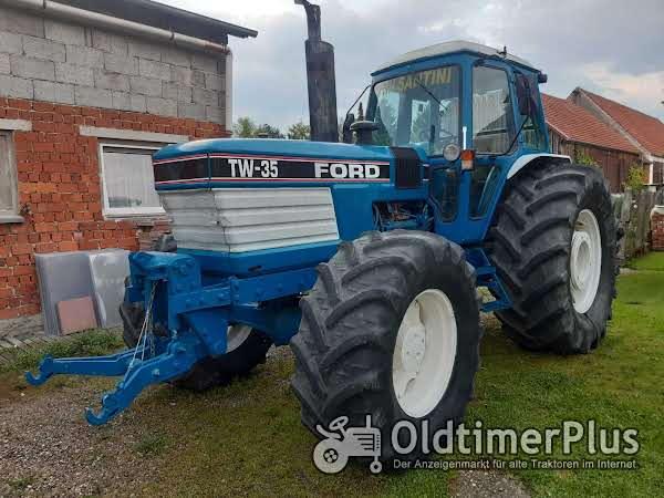 Ford TW 35 Foto 1