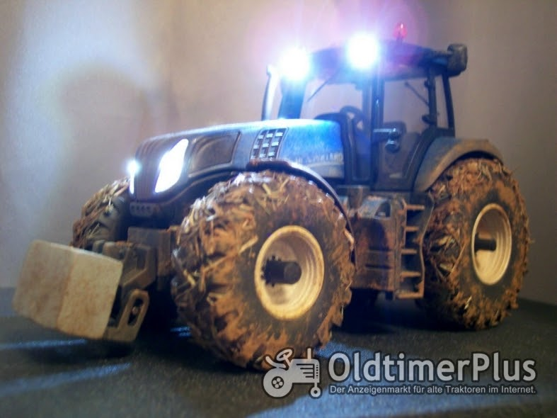 Modelle New Holland T8 1:32 Umbau