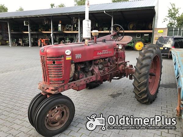 Farmall 300 Foto 1