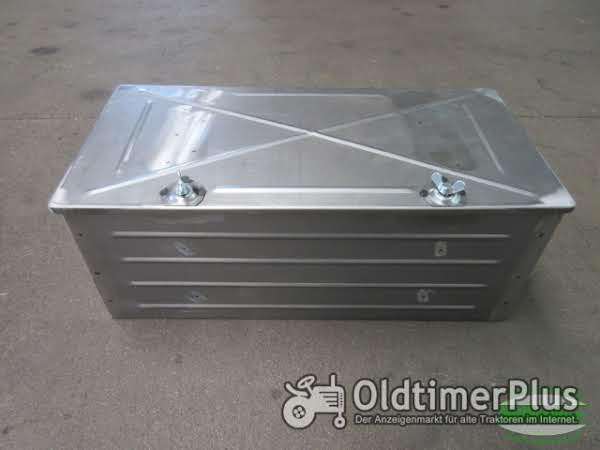 Unimog U406 Batteriekasten geschlossen (alte Ausführung) Foto 1
