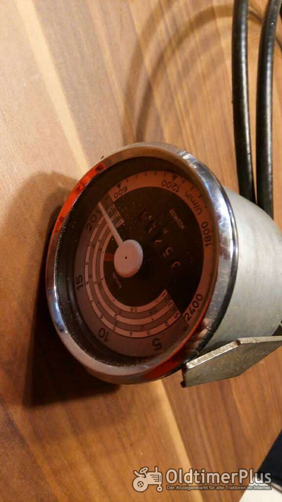 Holder Traktormeter mit Welle generalüberholt Foto 1