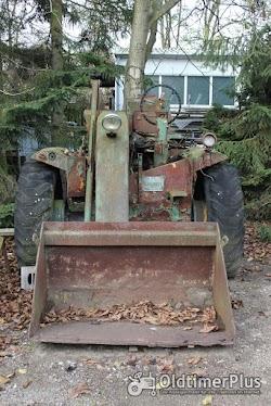 Schopf Oldtimer Radlader Foto 4