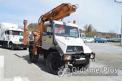Mercedes Unimog U140 mit 9,80 Meter Kran Foto 9