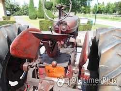 Farmall 2 Stück Mc Cormick Farmall M Foto 5