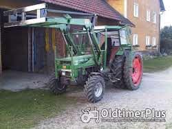 Fendt Farmer 102LS Turbomatik mit Frontlader Foto 2