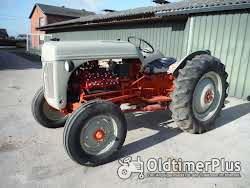 Ford 8N V-8