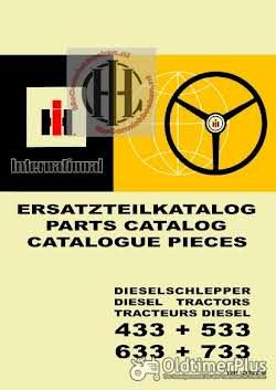 IHC Mc Cormick Farmall en International werkplaatsboeken  handleidingen en onderdelenboeken Foto 3