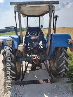 Ford 2000 Dexta mit vollhydraulischem Mähwerk Foto 3
