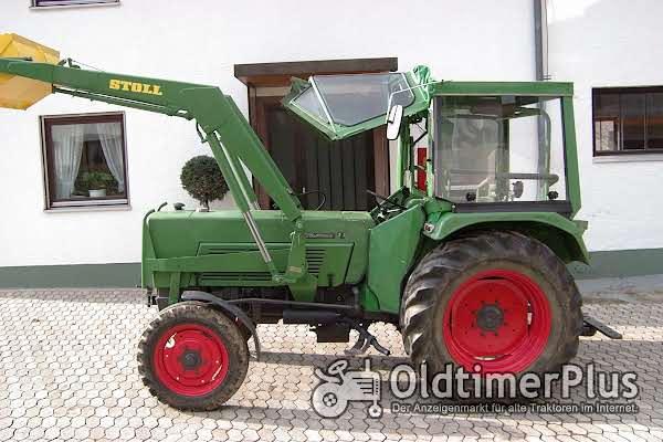 Fendt Farmer 3 S mit Frontlader Foto 1