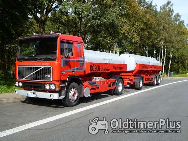 Volvo F12 4 x 2 Foto 1