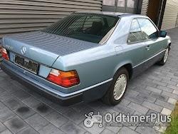 Mercedes CE 300 Foto 2