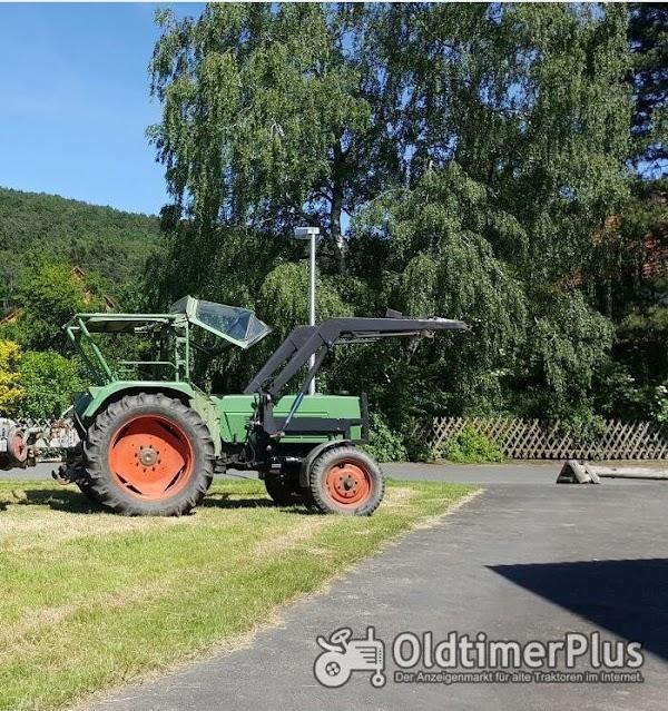 Fendt Farmer 4 S mit Frontlader Foto 1