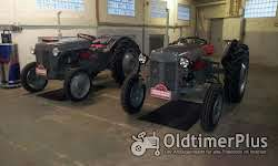 Advertising market for vintage tractors, commercial vehicles and