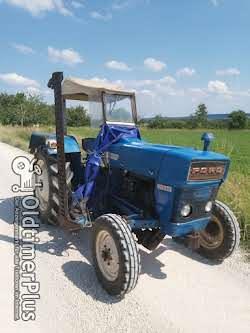Ford 2000 Dexta mit vollhydraulischem Mähwerk Foto 4
