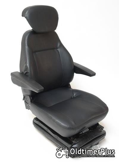Universal Traktorsitz mit Feder - Öldämpfer System, belastbar bis 130 kg NEU Foto 1