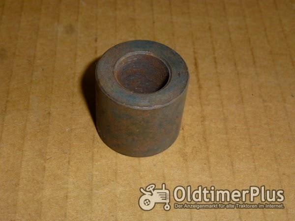 Deutz Intrac 630,660 Abstandsscheibe Kraftheber Foto 1
