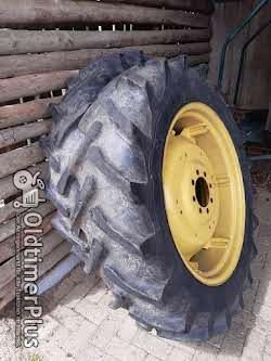John Deere Komplett Räder Felgen und Reifen Foto 3