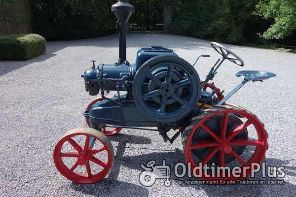 LANZ Lanz Bulldog 12 PS - Originalfahrzeug ! Foto 1