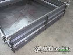 Unimog U424 U427 Pritsche mit geschlossenem Boden mit Kotflügel vorne schmal und hinten eckig Foto 3