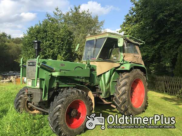 Fendt Farmer 3S-Allrad-Frontlader Foto 1